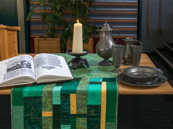Reglement en supplement - Kerktafel bijbel kaars